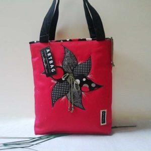 Piros forgós táska