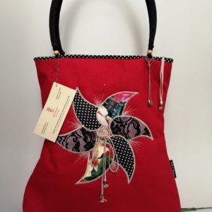Piros forgómintás női táska /Red shoulder bag with satin aplication